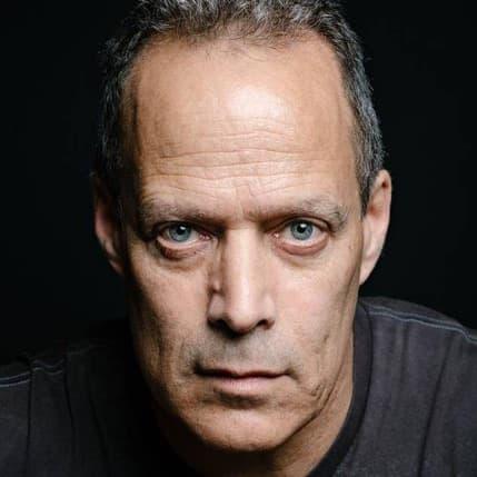 Sebastian Junger headshot